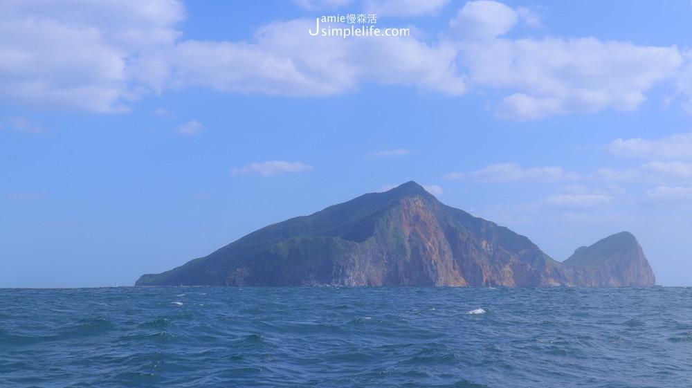 宜蘭|賞鯨慢旅 × 環繞龜山島,快樂出航欣賞龜山八景、海豚可愛舞姿 @JAMIE慢森活